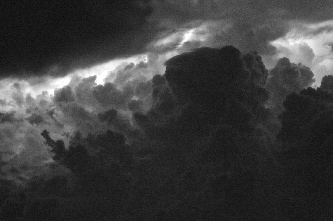 http://procyona.deviantart.com/art/Inside-the-Storm-205358532